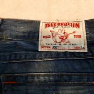 TRUE RELIGION  JEANS PREOWNED 34 X 30